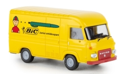 - <strong>Saviem</strong> SG2 box wagon, 1965<br>Brekina, 1:87<br>#14637