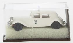 - <strong>Citroen</strong> 11 CV traction Avant, 1935<br>Brekina, 1:87<br>#91477