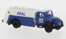 - <strong>Magirus</strong> Mercur tank truck, 1952<br>Brekina, 1:87<br>#42271