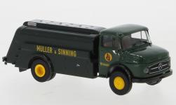 - <strong>Mercedes</strong> L 322 tank truck, 1960<br>Brekina, 1:87<br>#47040